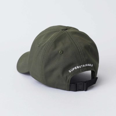 Back view of the Cap Army